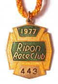 1977 Ripon horse racing club badge