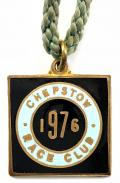 1976 Chepstow Race Club horse racing badge