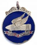 WW1 Speed Up Munitions 1914 womens on war service badge.