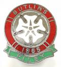 Butlins 1965 Filey Holiday Camp Yorkshire Rose badge.