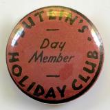 Butlins Holiday Club day member pink tin button badge