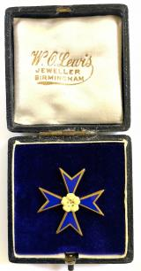 Primrose League Maltese Cross badge in W.O.Lewis presentation case