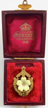 Primrose League Honorary Knight of the League badge and case