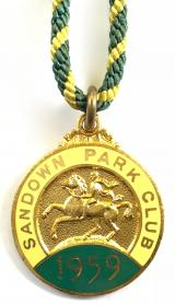 1959 Sandown Park horse racing club badge