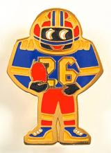 Robertsons 1990 Golly American footballer acrylic badge