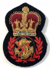 Queen Alexandras Royal Naval Nursing Service QARNNS CPO hat badge