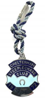 Cheltenham Steeplechase 1972 horse racing club badge