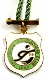 Cheltenham Steeplechase 1984 horse racing club badge