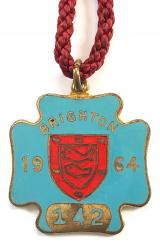 Brighton 1964 horse racing club badge