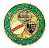 NUR ASLEF NUM Solidarity 1964 railway and miners union strike badge
