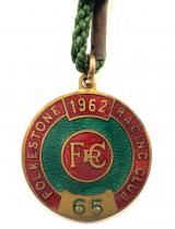 1962 Folkestone horse racing club badge