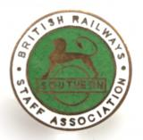 British Railway southern region staff associatoin railway union badge