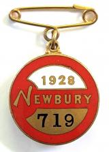 1928 Newbury horse race club badge