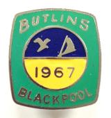 Butlins 1967 Blackpool holiday camp bird & boat badge